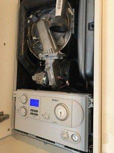 Vaillant Ecotec Plus 831 Combi Boiler